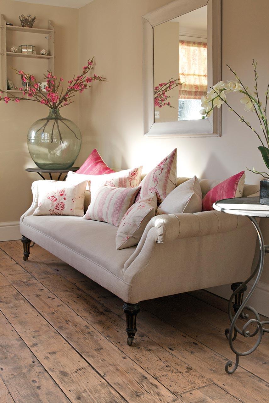 Dark Plain Sofa With Cushions