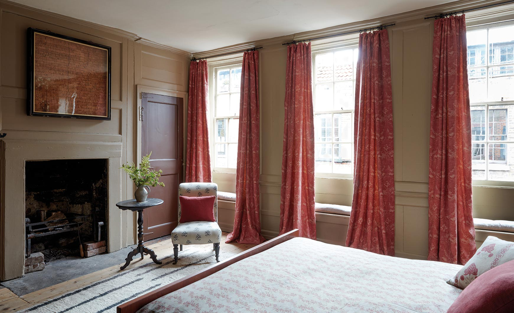 Josephine Red Curtains Bedroom Sets