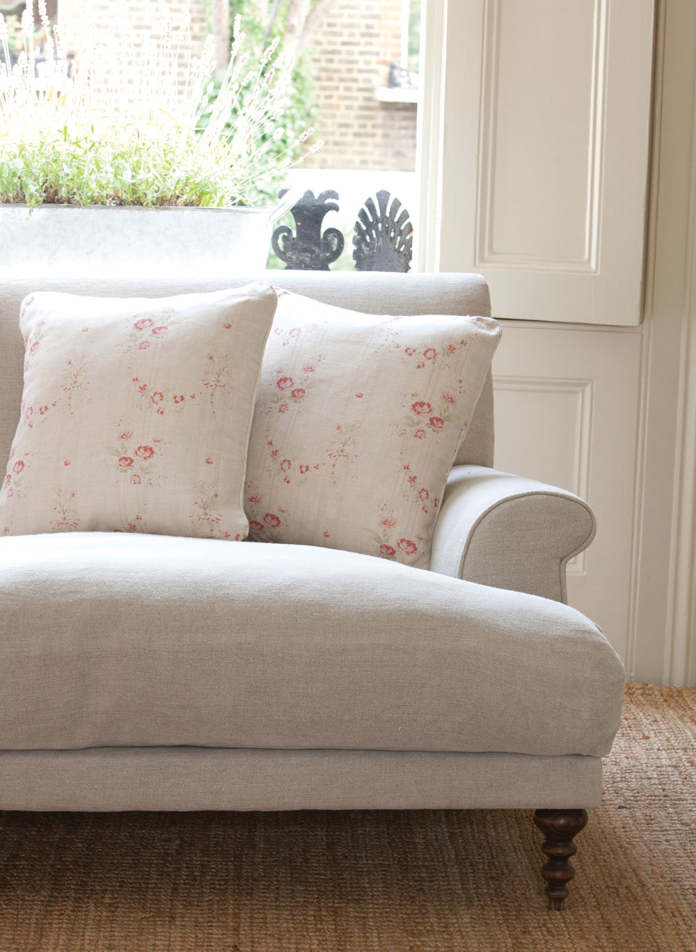 Bella-Cushions