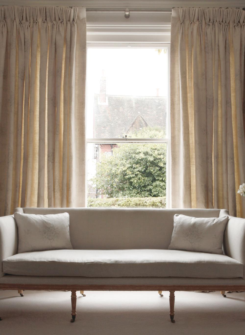 Light-Plain-Linen-Sofa