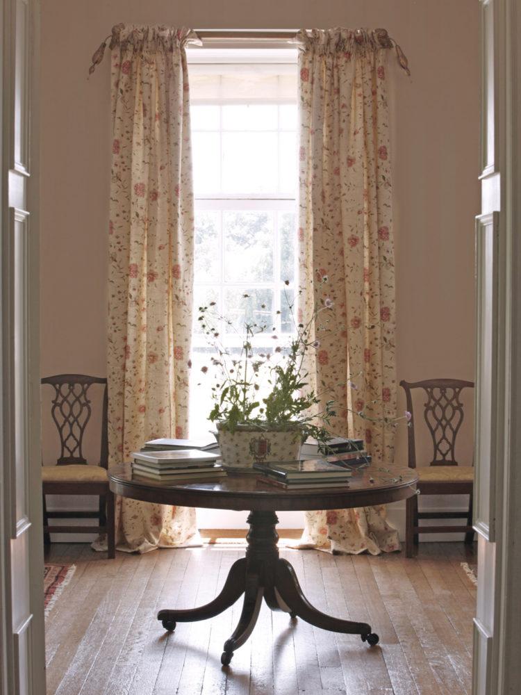 Octavia-Curtains