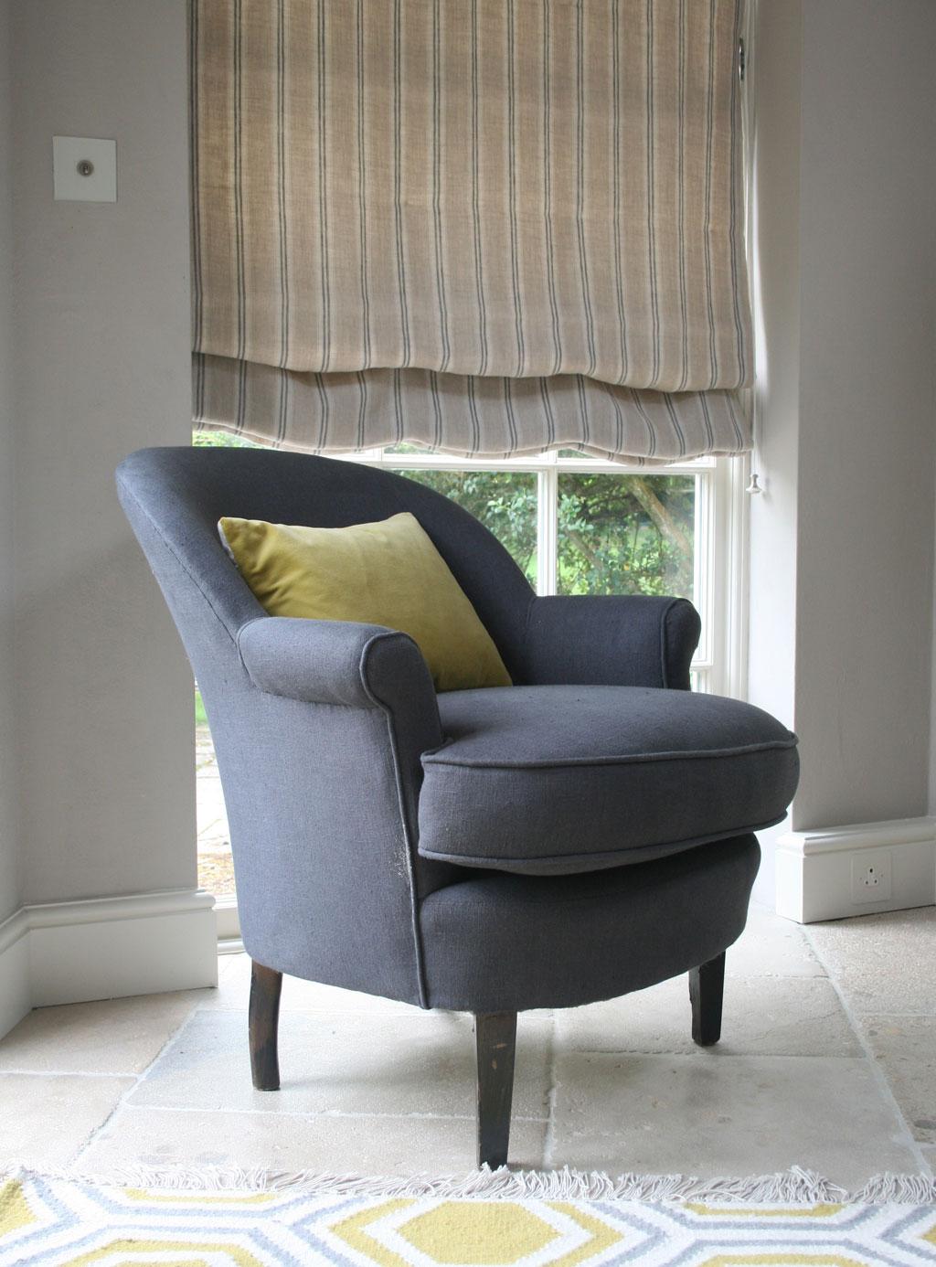 plain-charcoal-chair-stripe-dove-blind