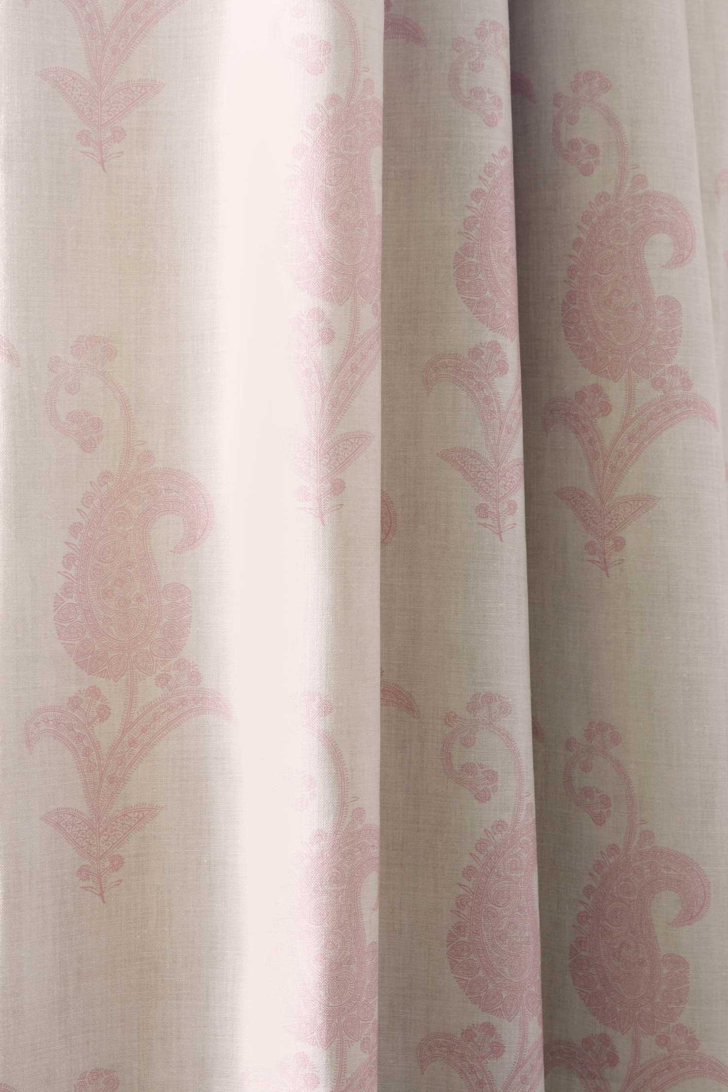 Maizie-Pink-Curtain-CU