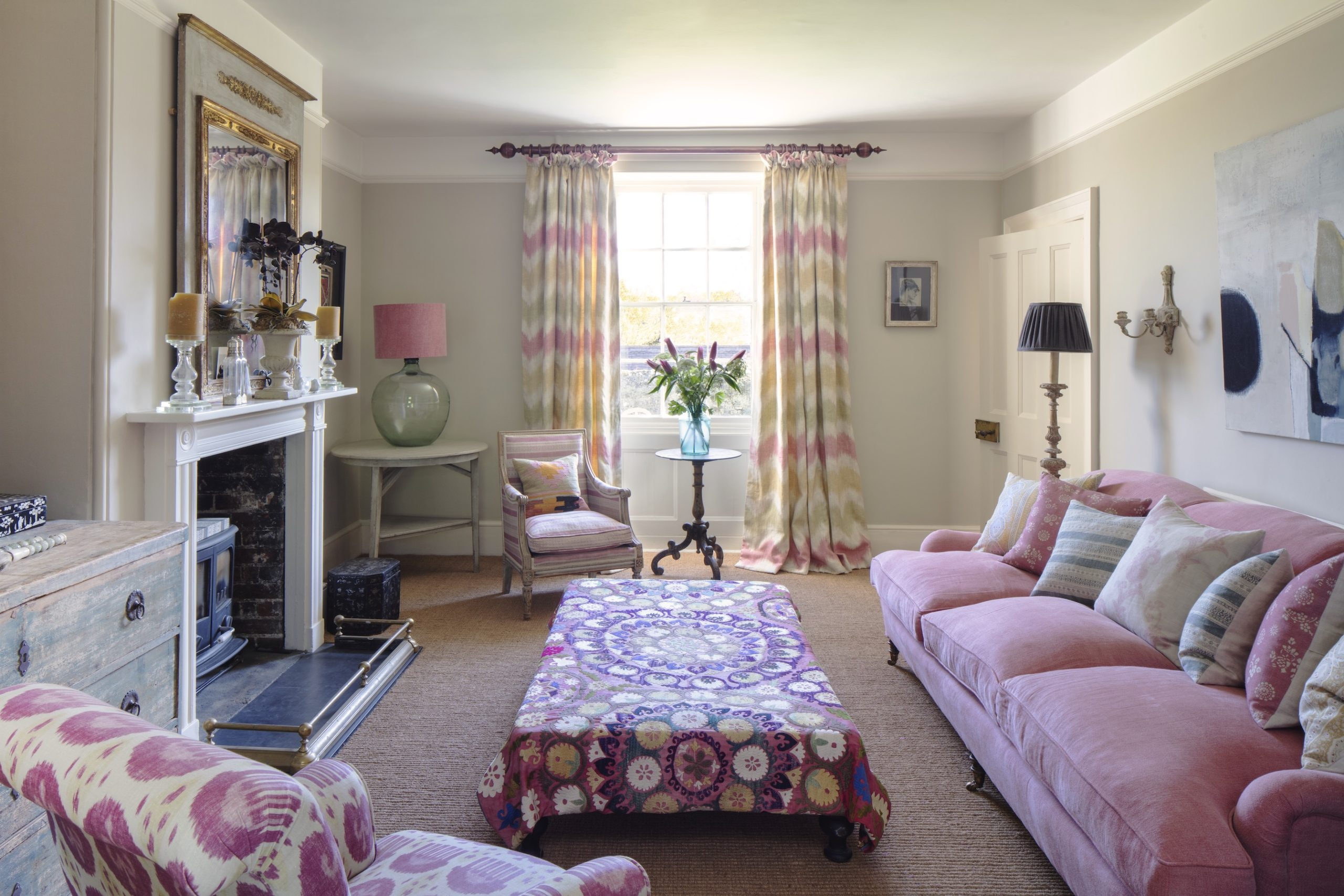 Thea Drawing Room