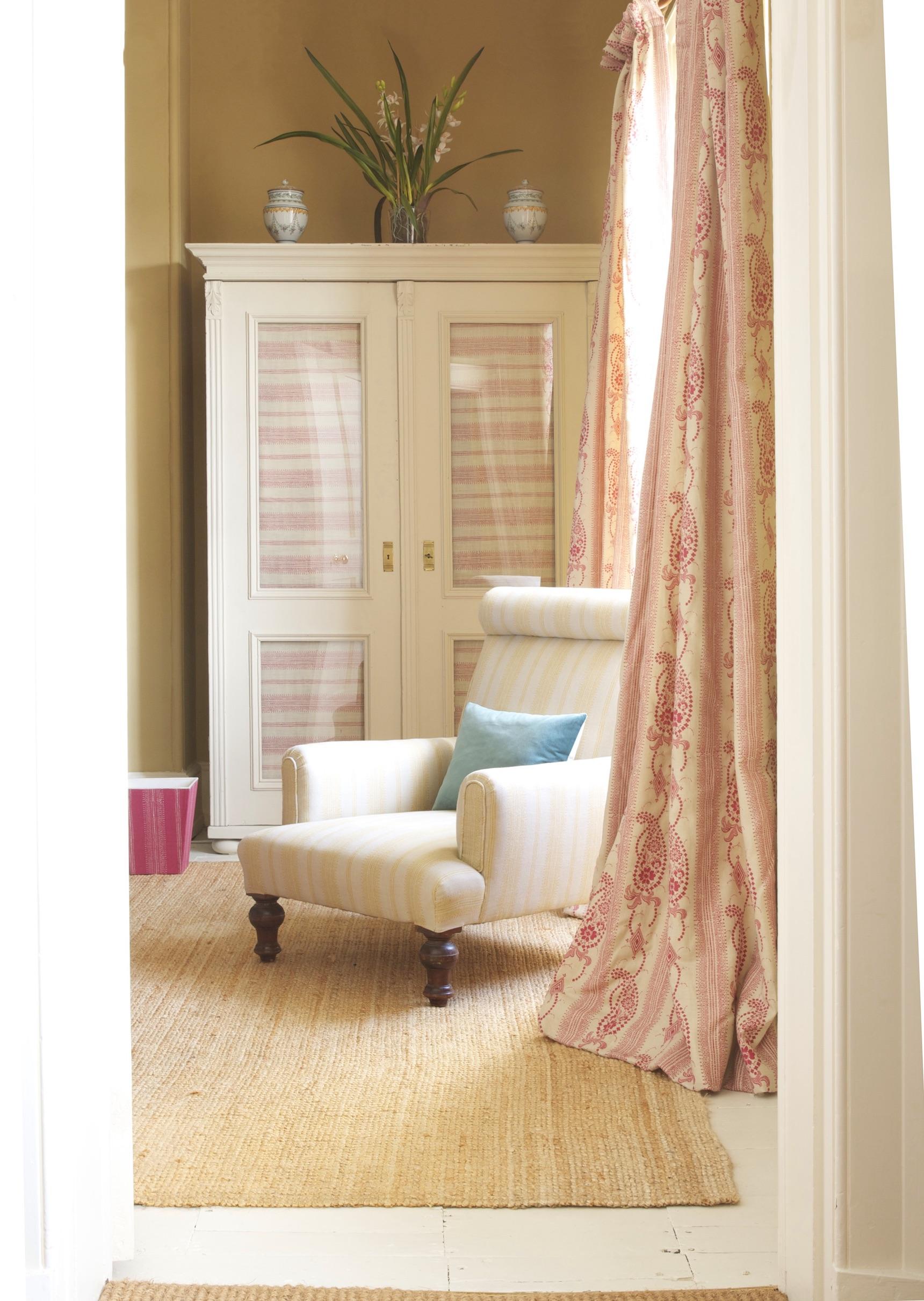 angelique pink bedroom